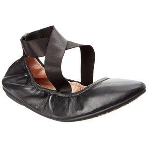 Taryn Rose Edina Ballet Flats in Black Size 7